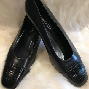 Vaneli Black leather women's shoes